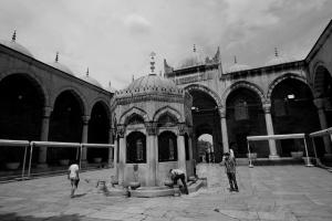 IstanbulInnenplatzMoschee